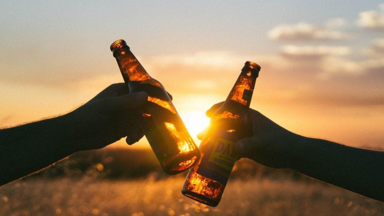 夕日で乾杯