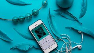 スマホで音楽を聴く